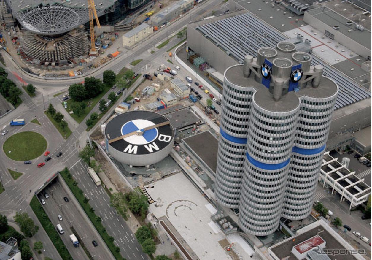 ミュンヘン観光 BMW本社1