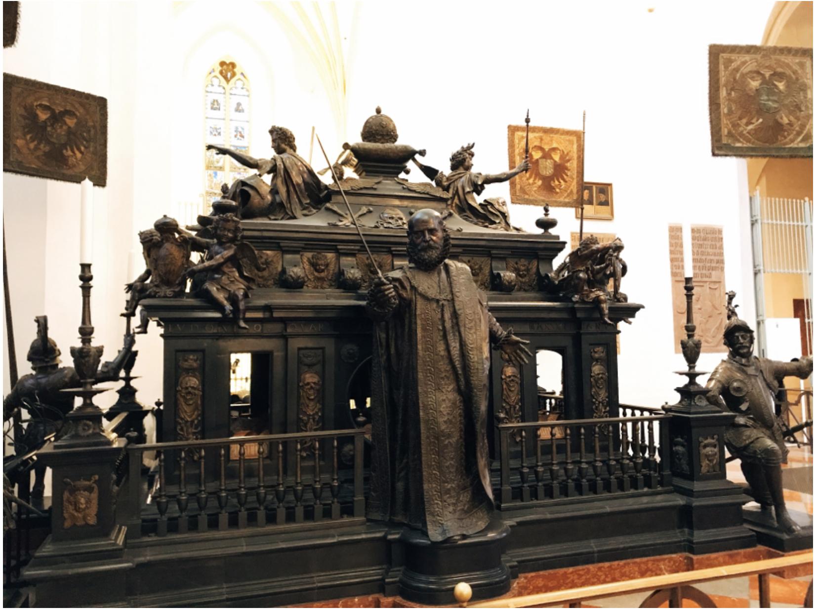 ミュンヘン市内観光 フラウエン教会3