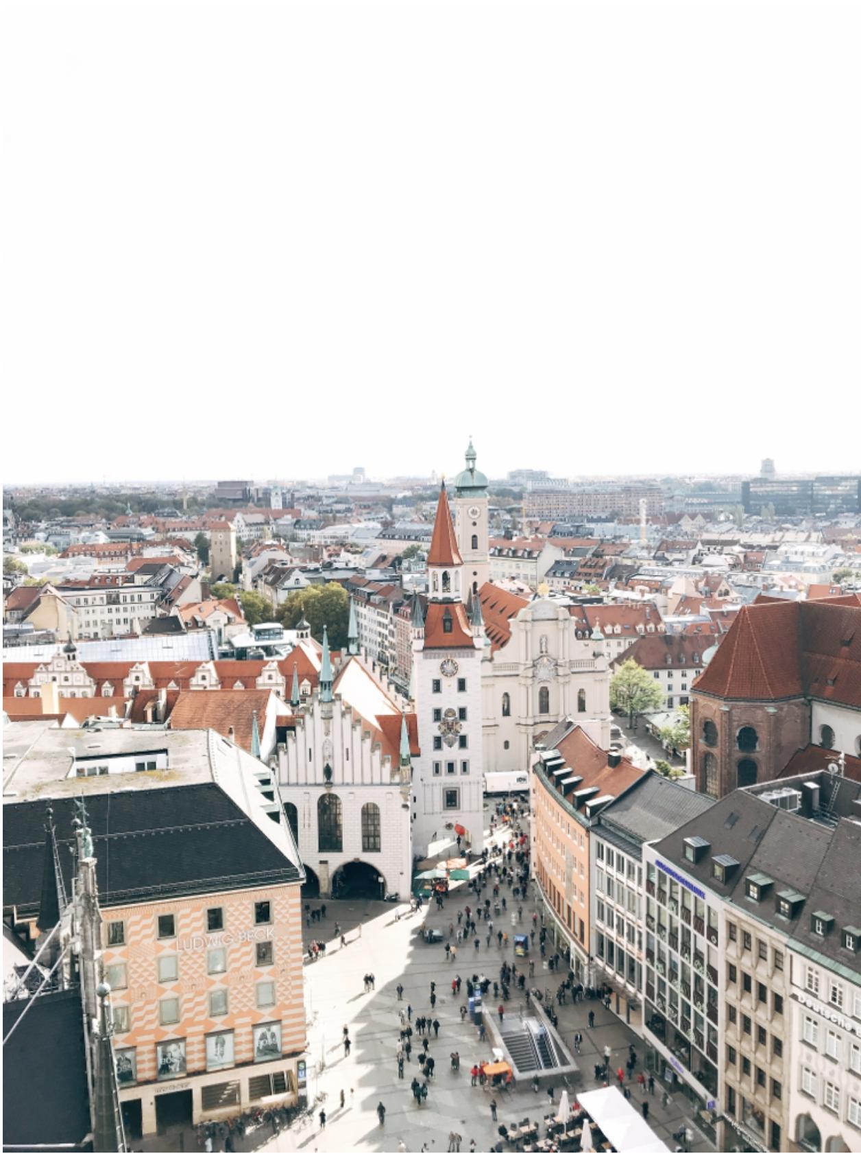 ミュンヘン市内観光中 新市庁舎からの眺め