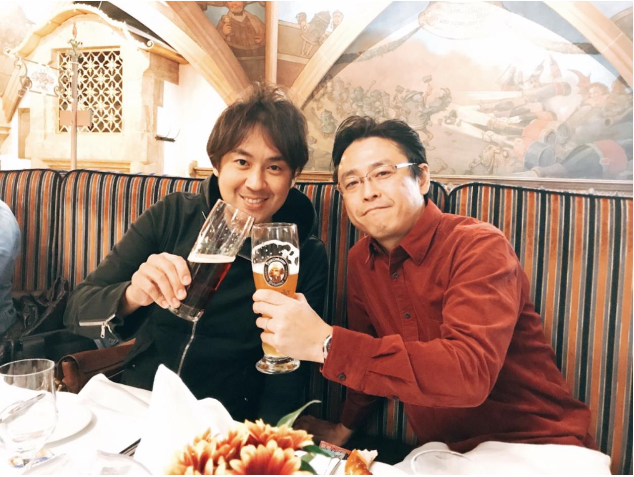 ミュンヘン市内観光 ラーツケラーで昼からビールで乾杯!2