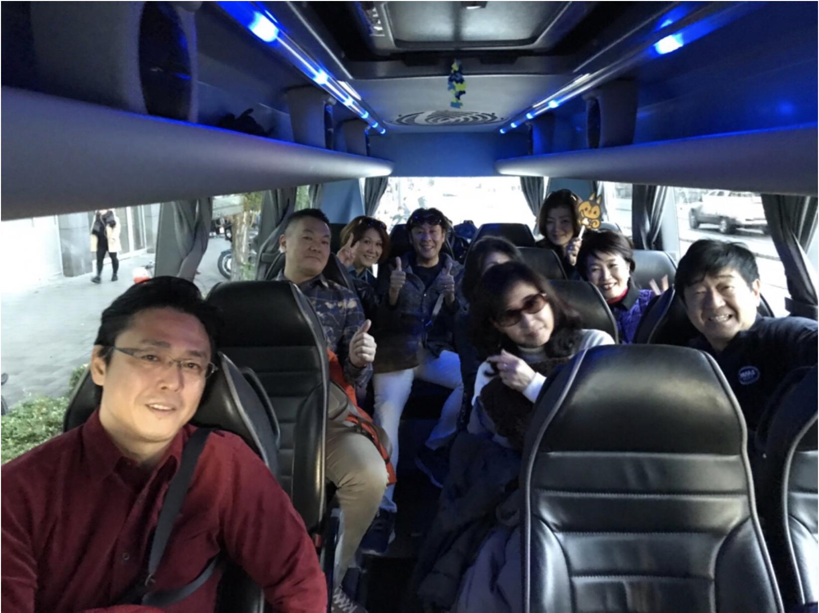 ミュンヘン滞在2日目 バスの中でも記念撮影